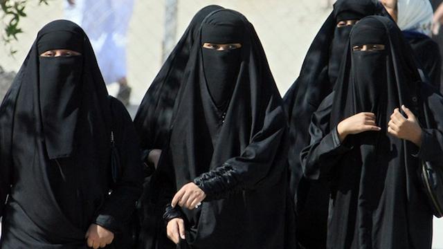Saudi Arabia women law firm