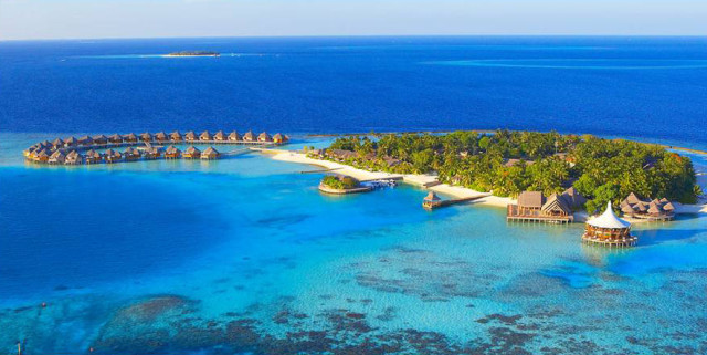 barosmaldives e1393459593711 Where to Escape in the Middle East and Indian Ocean Now