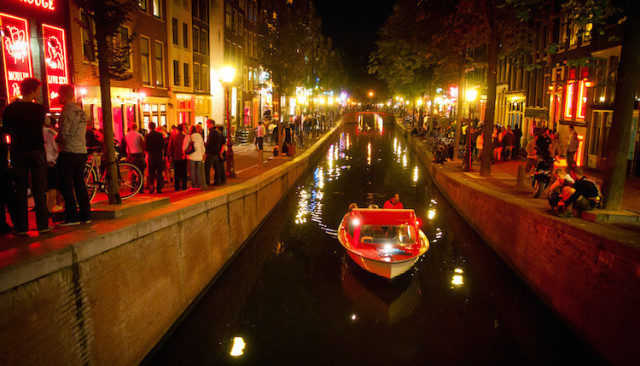 Red Means Stop: The Truth Behind Amsterdam's Rosseburt
