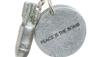 article peace necklace