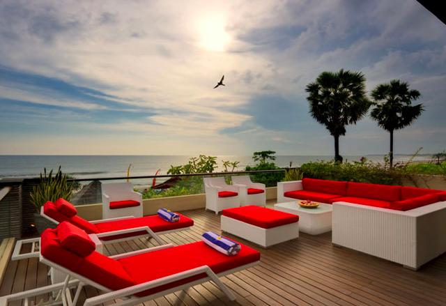 UZ Villas: Travel the World in Style