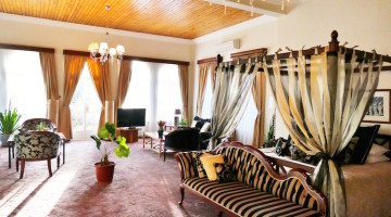 House of Waine: A Cozy Sanctuary in Nairobi's Picturesque Karen