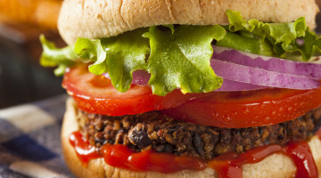 These Burger Alternatives Are Better for the Planet (Infographic)