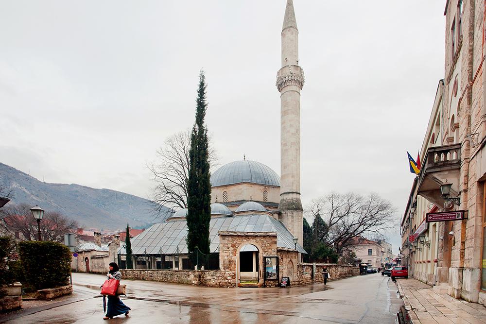 Mostar-Bosnia-hrezegovina-turkish-mosque