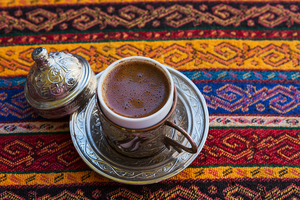 Turkish-coffee-on-traditional-print