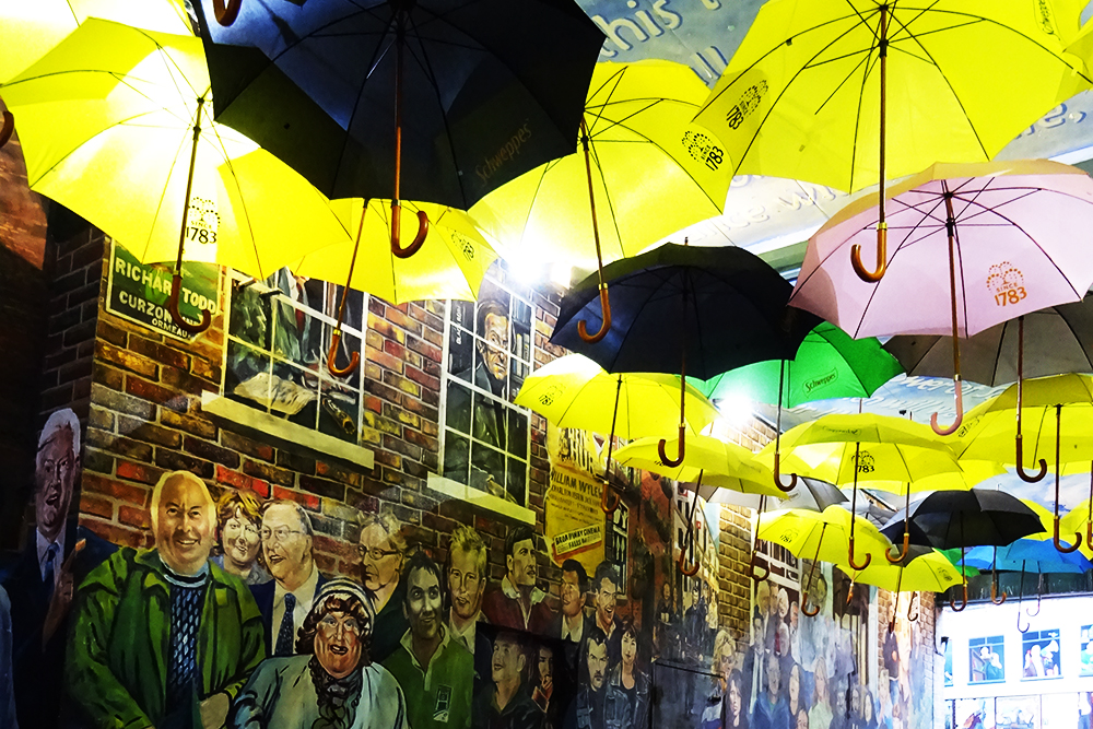 Belfast_Bar_With_Umbrellas