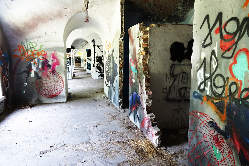 Warsaw_Abandoned_Fortress_Graffiti