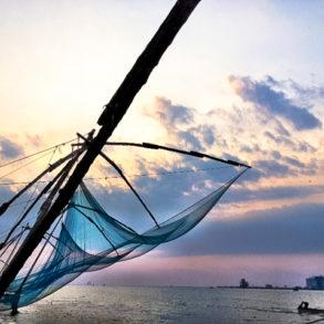 chinese fishing nets fort cochin, kerala