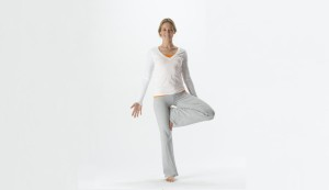 yoga poses for long travel  the cultureist