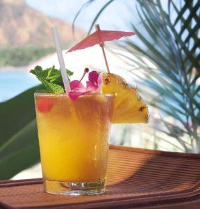 tropical fruit juicing