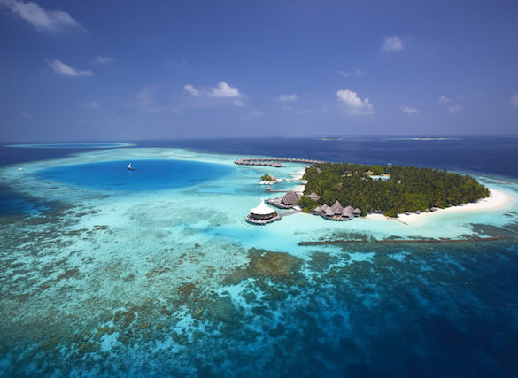 aerial-view-on-baros-maldives