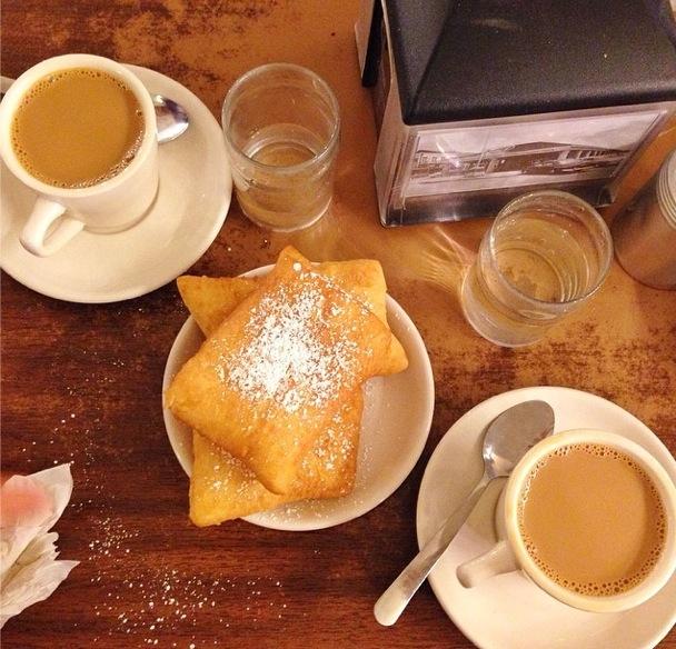 Beignets and café au lait