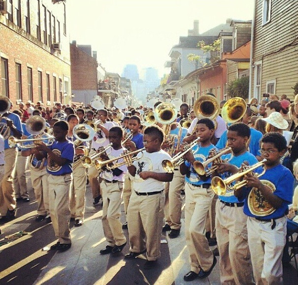young musicians filling up the street new orleans