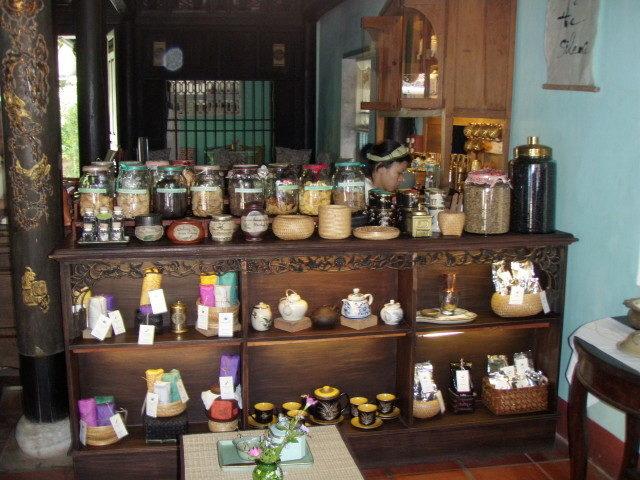 reaching out tea house, vietnam