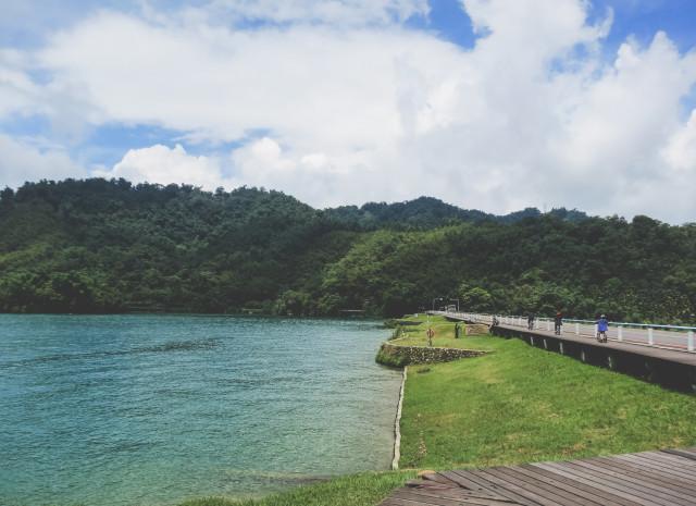Sun-Moon-Lake1