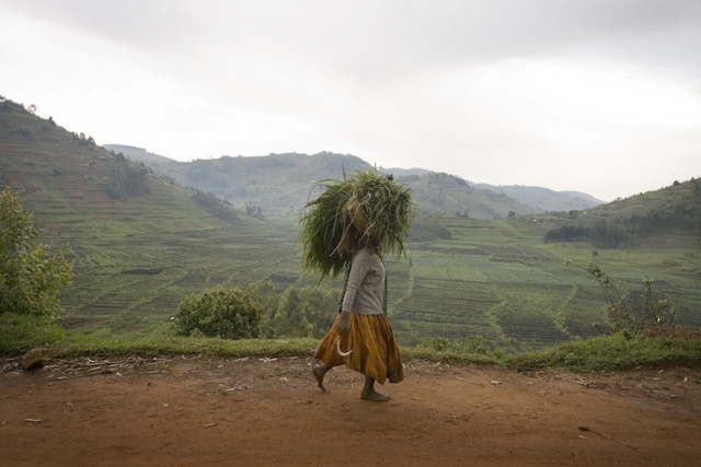 woman in rwanda