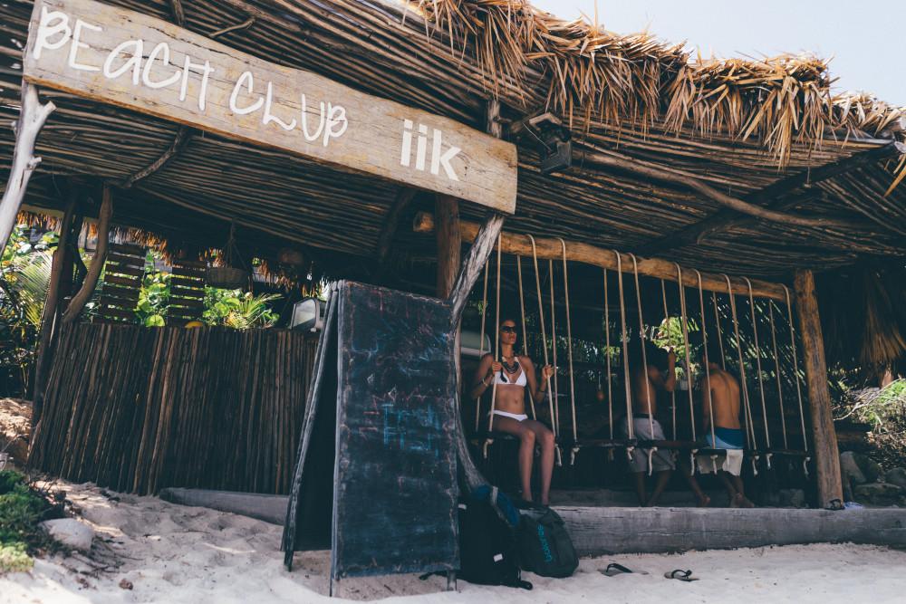 azulik beach bar