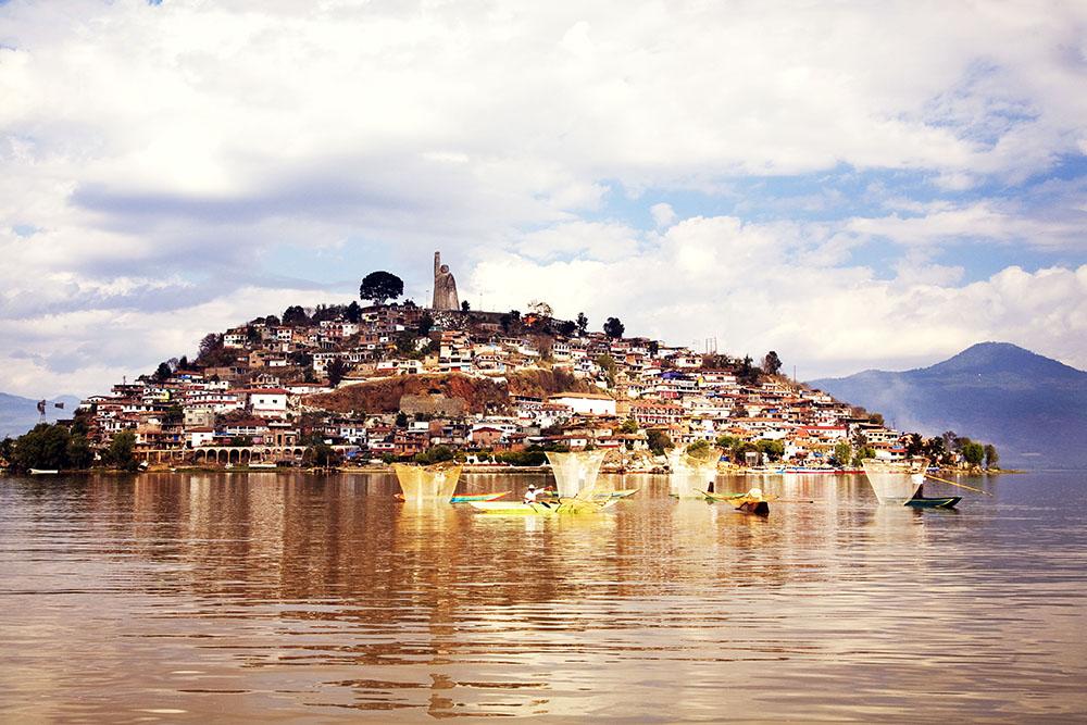 Patzcuaro-pueblo-magico-mexico