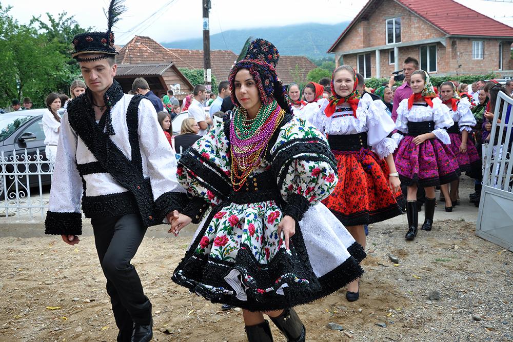 Sapanta-Festival-Of-Maramures-Tradition-Romania