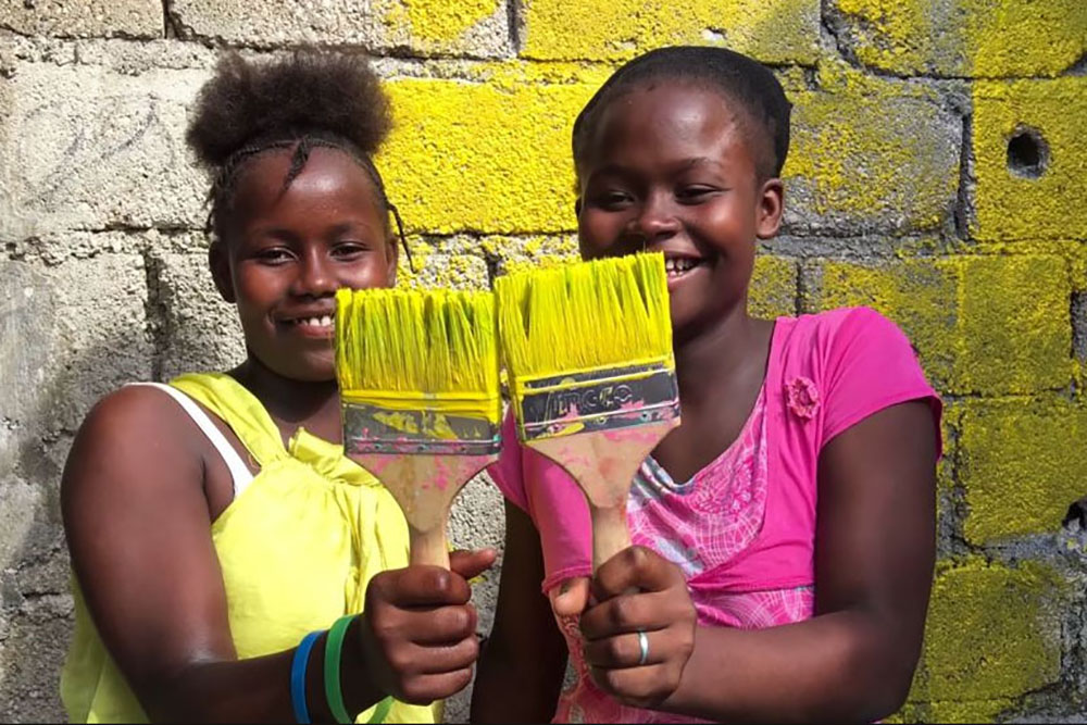 The-Painter-of-Jalouzi-happy-girls copy