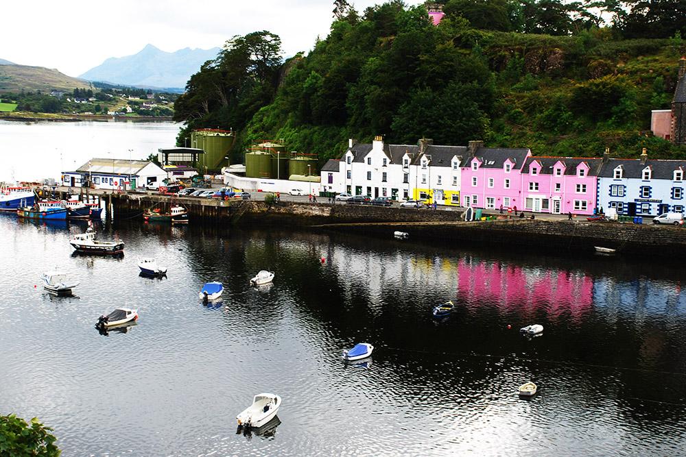 Isle-Of-Skye-Colorful-Portree