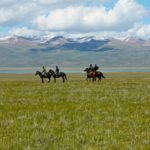 The Kyrgyz mountains from the back of a horse